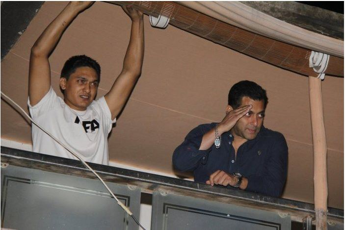 Salman Khan Galaxy Apartment Video On Hello Mumbai News