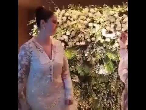 Rekha Kissed Manisha Koirala On Her Birthday