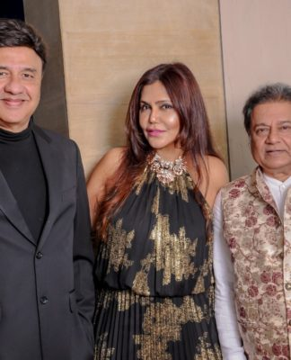 Bollywood Throngs Nisha JamVwals Swish Sit Down Lunch For Detel India